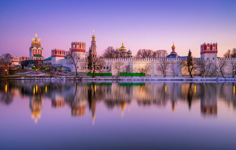 Новодевичьи пруды в Москве