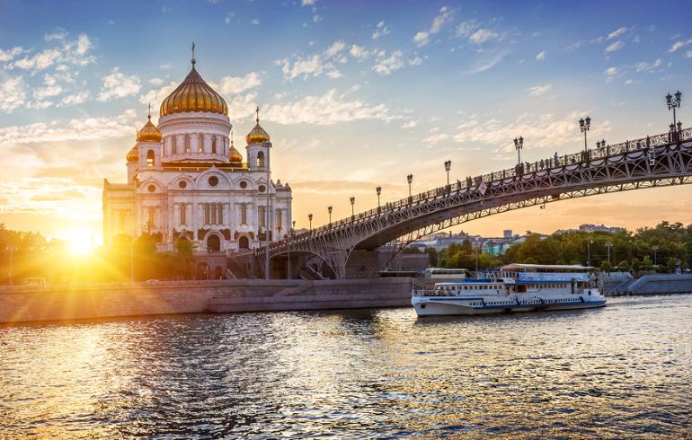 Теплоходная прогулка по Москве-реке от причала «Патриарший»