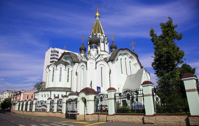 Храм Воскресения Христова в Сокольниках в Москве