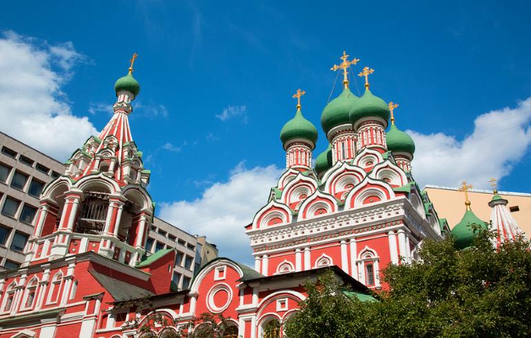 Церковь Святой Живоначальной Троицы в Никитниках в Москве