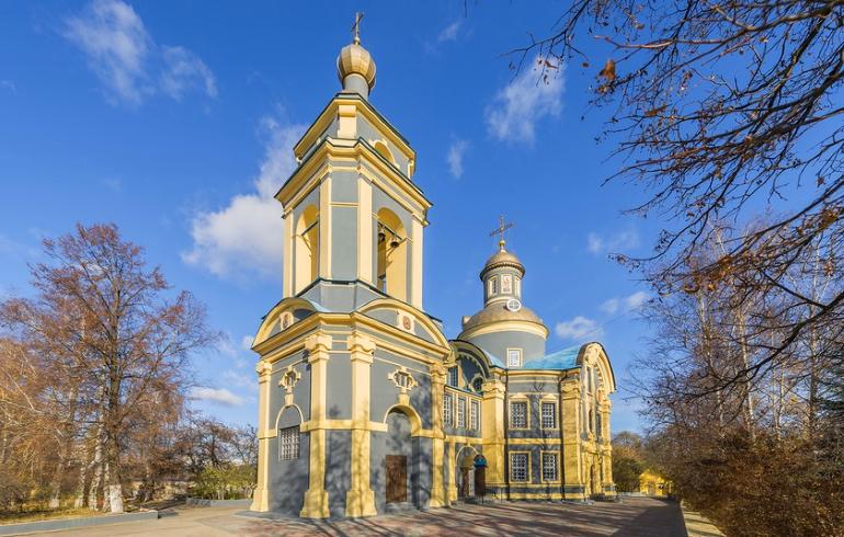 Храм Николая Чудотворца в Троекурове в Москве