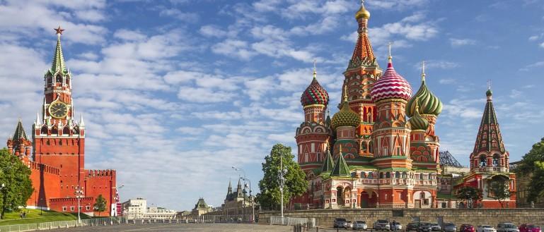 Авторская автобусная экскурсия «Тайны московских замков»