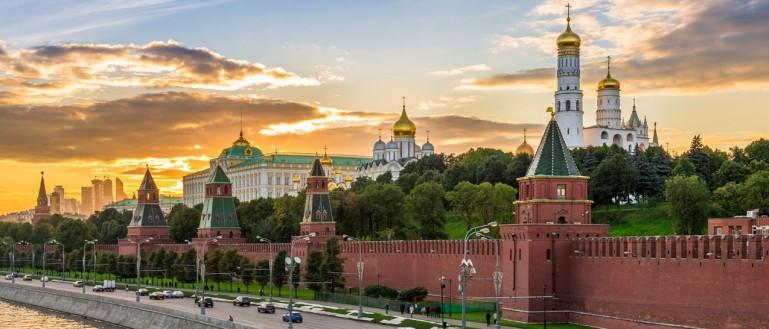 Московский Кремль: история и шедевры
