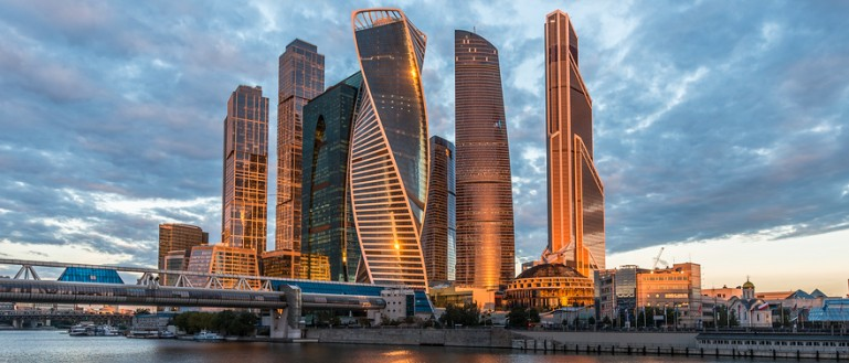 Обзорная экскурсия по Москве на автобусе. Бизнес–комплекс «МОСКВА–СИТИ»