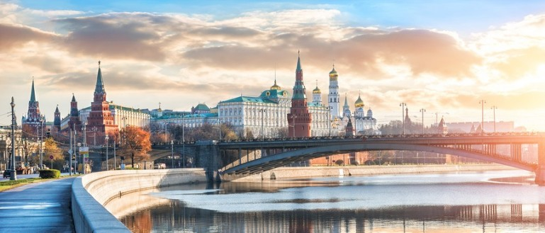 Теплоходная прогулка по Москве–реке с завтраком на борту